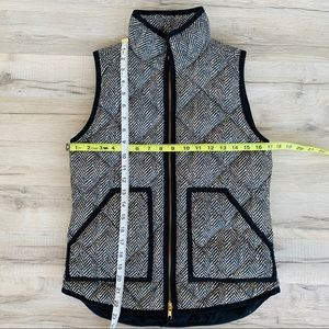 J. Crew Jackets & Coats - J. Crew Houndstooth Puffy Vest